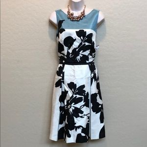 Beautiful NWT Just Taylor Dress Size 10
